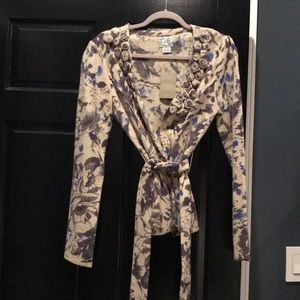 New with tags. Anthropologie cardigan-size M